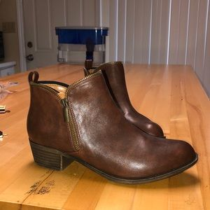 Brown booties size 9 - NWT